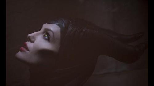 foto: News10.net Angelina Jolie como Maléfica (cortesía de Walt Disney Studios)