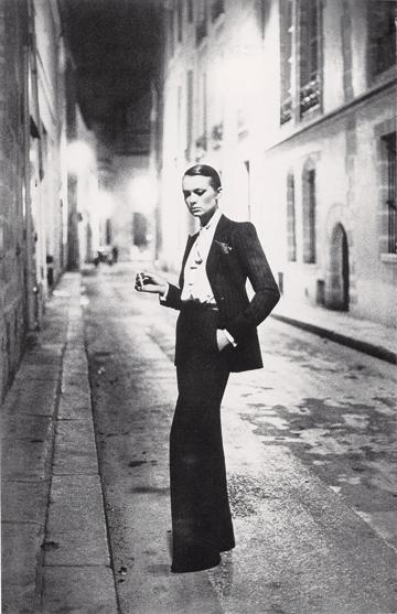 foto: Vogue.com fotógrafo: Helmut Newton
