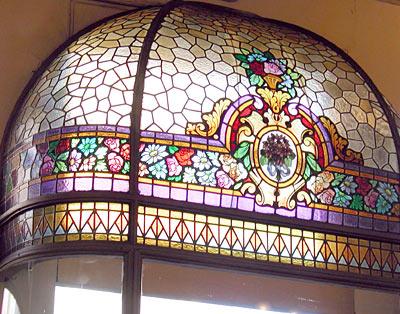 foto: Cafesbsas.blogspot.com.ar/  Confitería Las Violetas, detale