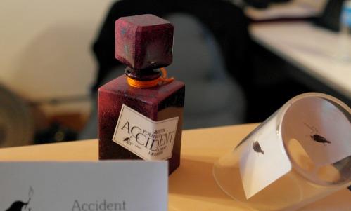 """""""Accident"""" por el perfumista Brent Leonesio y el artista Austin Young para el IAO foto: Virginia Blanco"""