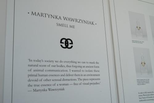 """""""Smell Me"""", muestra visual y olfativa por Martynka Wawrzyniak y Yann Vasnier  foto: Virginia Blanco"""
