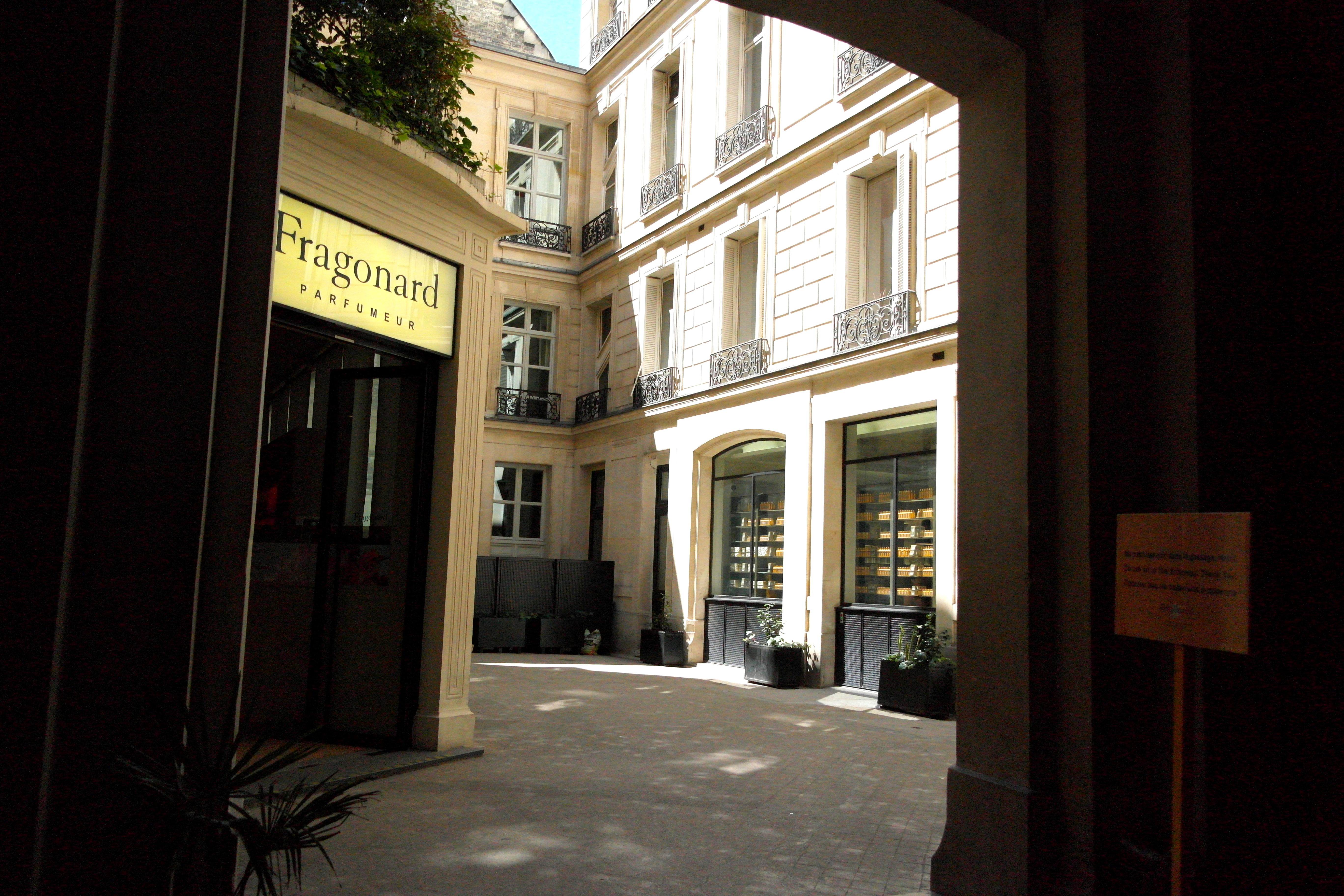 Atelier cologne t de violetas - Fragonard boutique paris ...